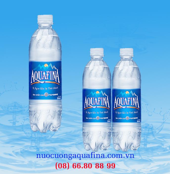 Nước khoáng aquafina 500ml